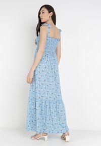 Born2be - Niebieska Sukienka Amanoire. Kolor: niebieski