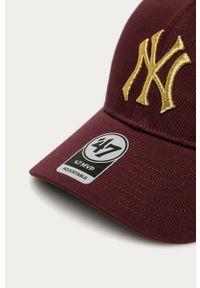 Brązowa czapka z daszkiem 47 Brand z aplikacjami