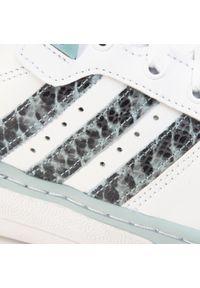 Białe półbuty Adidas z cholewką, eleganckie