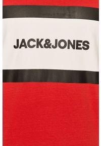 Czerwona koszulka polo Jack & Jones z nadrukiem, krótka, casualowa, na co dzień