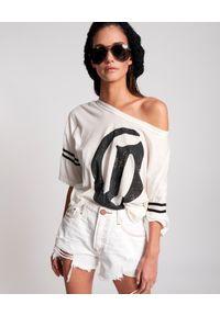 ONETEASPOON - Krótkie spodenki Truckers Mid Waist. Kolor: biały. Materiał: jeans. Długość: krótkie. Wzór: aplikacja #2