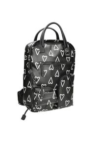 Plecak damski, młodzieżowy czarny w serduszka Nobo NBAG-J4260-CM20. Kolor: czarny. Materiał: skóra ekologiczna. Wzór: gładki. Styl: młodzieżowy
