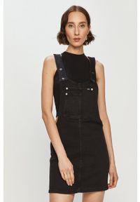Pepe Jeans - Sukienka jeansowa Aspen. Okazja: na co dzień. Kolor: czarny. Typ sukienki: proste. Styl: casual