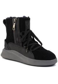 Czarne buty zimowe Pajar eleganckie, z cholewką