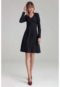Nife - Trapezowa Sukienka z Długim Rękawem - Czarna. Kolor: czarny. Materiał: wiskoza, elastan, poliester. Długość rękawa: długi rękaw. Typ sukienki: trapezowe