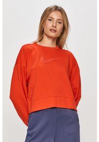 Czerwona bluza Nike z aplikacjami, bez kaptura