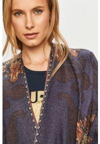 Niebieski sweter Desigual