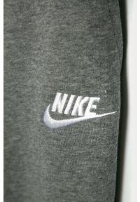 Szare spodnie dresowe Nike Kids #3