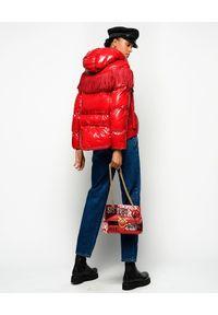 Pinko - PINKO - Czerwona kurtka z frędzlami Donato. Kolor: czerwony. Materiał: tkanina, nylon. Długość: długie. Wzór: aplikacja. Sezon: jesień, zima