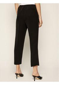 Czarne spodnie materiałowe MAX&Co.