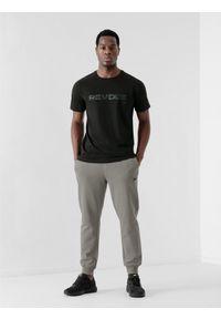 4f - Spodnie dresowe joggery męskie. Kolor: szary. Materiał: dresówka
