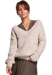 MOE - Klasyczny Sweter z Dekoltem V z Przodu i na Plecach - Beżowy. Kolor: beżowy. Materiał: wełna, nylon, akryl. Styl: klasyczny