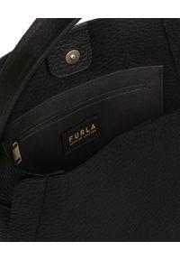 Furla - FURLA - Czarna torebka na ramię Grace. Kolor: czarny. Styl: klasyczny, casual. Rodzaj torebki: na ramię