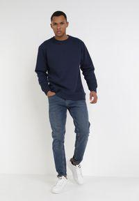 Niebieska bluza Born2be #6