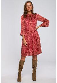 e-margeritka - Sukienka szyfonowa odcinana w pasie z falbanami - m. Materiał: szyfon. Typ sukienki: proste, rozkloszowane. Styl: elegancki