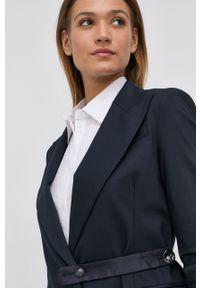 Liviana Conti - Marynarka. Kolor: niebieski. Materiał: tkanina. Wzór: gładki