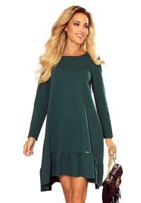 Numoco - Dzianinowa Sukienka Trapezowa z Falbanką - Zielona. Kolor: zielony. Materiał: dzianina. Typ sukienki: trapezowe