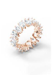 Złoty pierścionek Swarovski z aplikacjami, metalowy, z kryształem