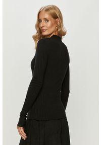 Czarny sweter Noisy may długi, casualowy
