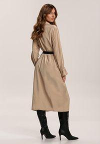 Renee - Beżowa Sukienka Mournheart. Kolor: beżowy. Długość rękawa: długi rękaw. Typ sukienki: koszulowe. Długość: midi