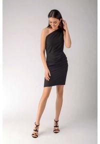 Nommo - Czarna Elegancka Ołówkowa Sukienka na Jedno Ramię. Kolor: czarny. Materiał: wiskoza, poliester. Typ sukienki: ołówkowe. Styl: elegancki