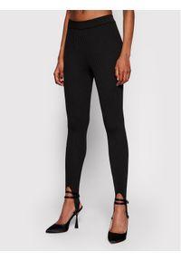 Czarne legginsy NA-KD