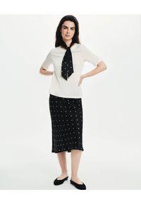 LOVLI SILK - Czarna midi spódnica w kropki z jedwabiu #NO.12. Stan: podwyższony. Kolor: czarny. Materiał: jedwab. Wzór: kropki