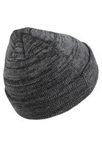 Czapka Nike Beanie Heather AA8276. Materiał: włókno, tkanina. Wzór: ze splotem. Sezon: jesień, zima. Styl: klasyczny