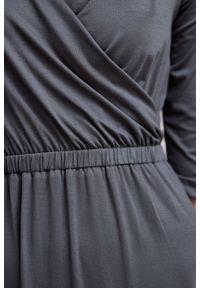 Marie Zélie - Sukienka Rita grafitowa mikromodal. Kolor: szary. Materiał: dzianina. Długość rękawa: krótki rękaw. Typ sukienki: proste, kopertowe