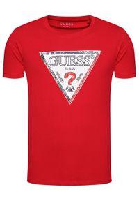 Guess T-Shirt M1RI72 K8FQ1 Czerwony Regular Fit. Kolor: czerwony
