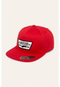 Czerwona czapka z daszkiem Vans