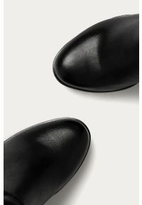 Czarne botki Answear Lab na obcasie, na średnim obcasie, na zamek, z okrągłym noskiem