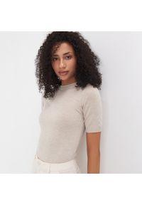 Beżowy sweter Sinsay krótki, z krótkim rękawem