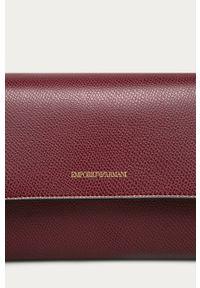 Brązowa kopertówka Emporio Armani na ramię, mała