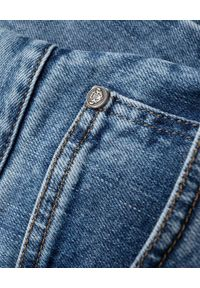 Balmain - BALMAIN - Niebieskie spodnie jeansowe ze ściągaczem. Kolor: niebieski. Długość: długie. Styl: klasyczny