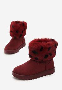 Czerwone śniegowce Born2be