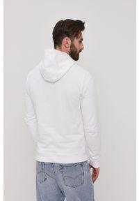 Biała bluza nierozpinana Lyle & Scott casualowa, z kapturem, z aplikacjami