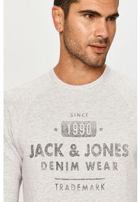 Szara bluza nierozpinana Jack & Jones casualowa, z nadrukiem, raglanowy rękaw, z okrągłym kołnierzem