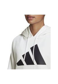 Adidas - Bluza damska adidas Back Zip Graphic Hoodie GC9168. Typ kołnierza: kaptur. Materiał: skóra, poliester, materiał. Sport: fitness #4