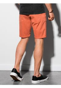 Ombre Clothing - Krótkie spodenki męskie casual W303 - ceglaste - XXL. Okazja: na co dzień. Kolor: czerwony. Materiał: elastan, tkanina, bawełna. Długość: krótkie. Sezon: lato. Styl: casual