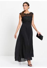 Długa sukienka wieczorowa z koronką bonprix czarny. Kolor: czarny. Materiał: koronka. Wzór: koronka. Styl: wizytowy. Długość: maxi
