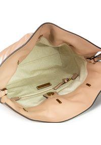 Beżowa torebka worek Tory Burch klasyczna