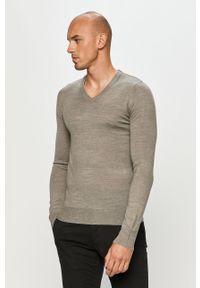Szary sweter Brave Soul długi, casualowy, na co dzień