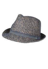 TOP SECRET - Słomkowy kapelusz męski. Kolor: niebieski. Wzór: aplikacja. Sezon: lato. Styl: wakacyjny