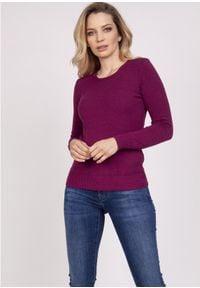 MKM - Klasyczny Sweter z Półkrągłym Dekoltem - Bordowy. Kolor: czerwony. Materiał: wiskoza. Styl: klasyczny