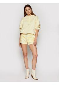 Levi's® Szorty jeansowe 501® Original 56327-0197 Żółty Regular Fit. Kolor: żółty. Materiał: jeans