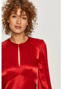 TwinSet - Twinset - Sukienka. Kolor: czerwony. Materiał: tkanina. Długość rękawa: długi rękaw. Wzór: gładki. Typ sukienki: rozkloszowane