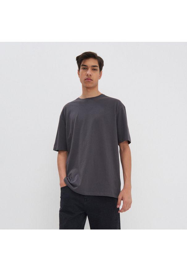House - Koszulka oversize basic - Szary. Kolor: szary