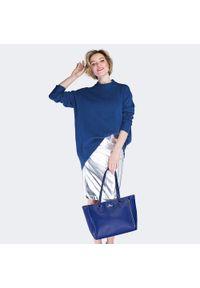Niebieska shopperka Wittchen w kolorowe wzory, klasyczna