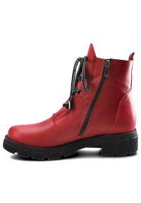 Czerwone botki #9